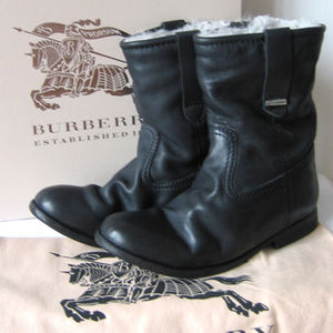 Burberry short boots size 38.5